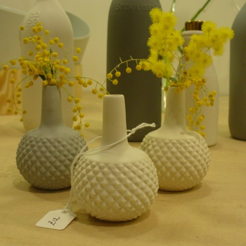 Shan Valla vases