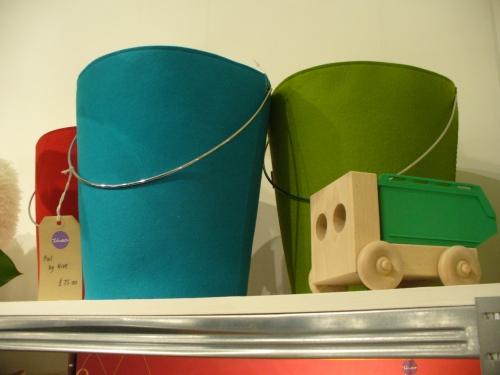 Theo felt bucket bin